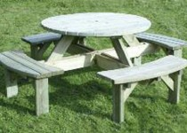 SPRTround picnic table